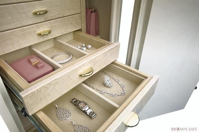 Luxury Safe: An Epitome of Functionality and Aesthetics for